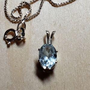 Jewelry - Splendid aquamarine pendant and chain
